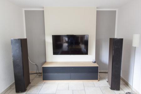 Hifi-Möbel in geöltem Buchenholz und Linoleum