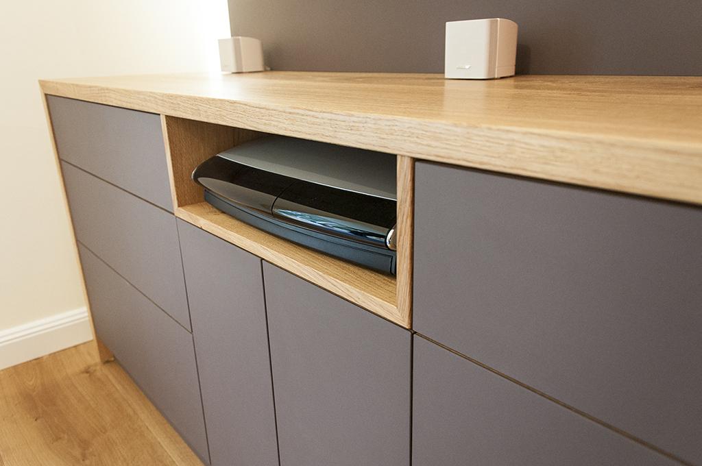 Hifi möbel eiche  HIFI-Möbel in Eiche und Linoleum - Holzwerkstatt