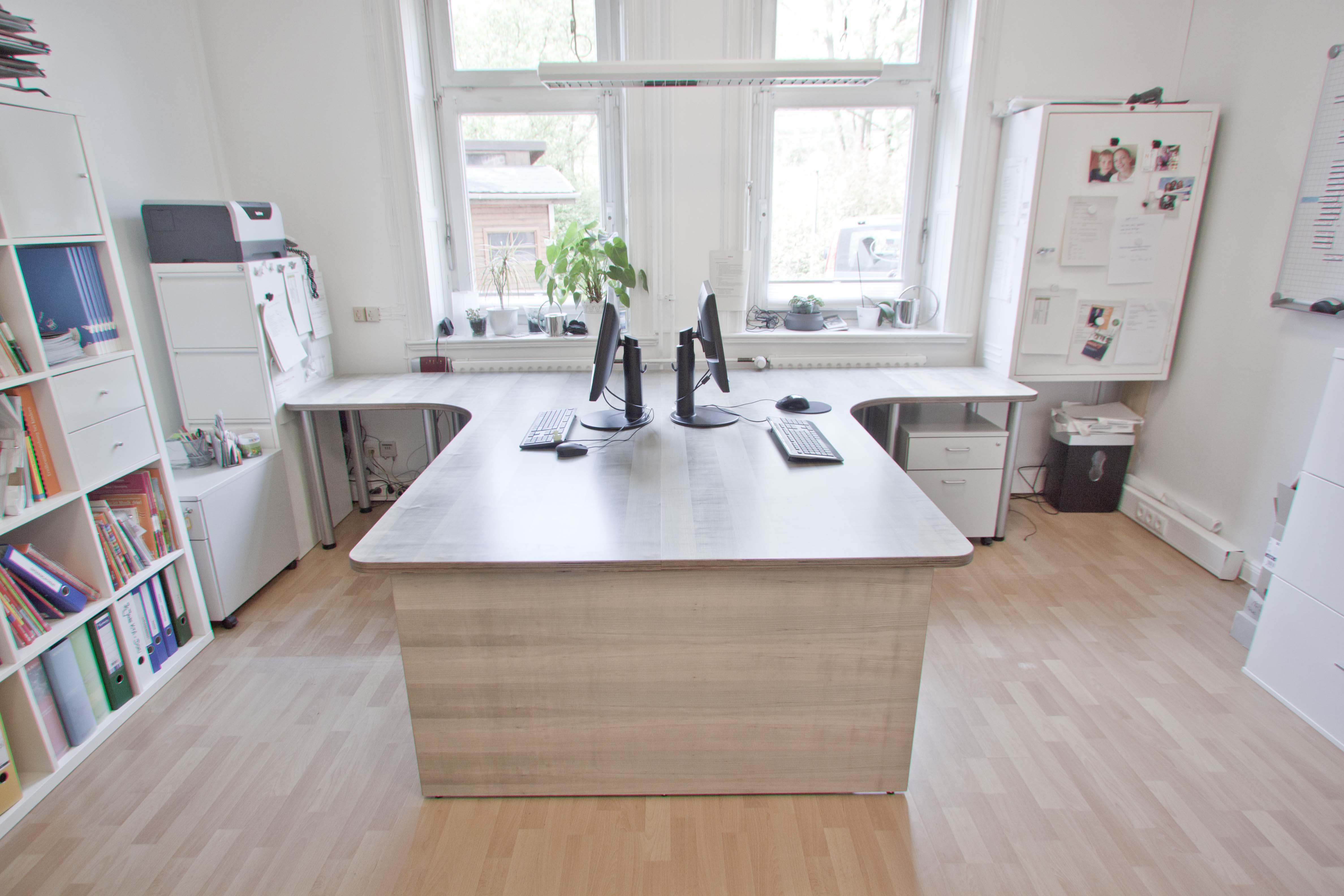 Schreibtisch vorm fenster - Schreibtisch vor fenster ...