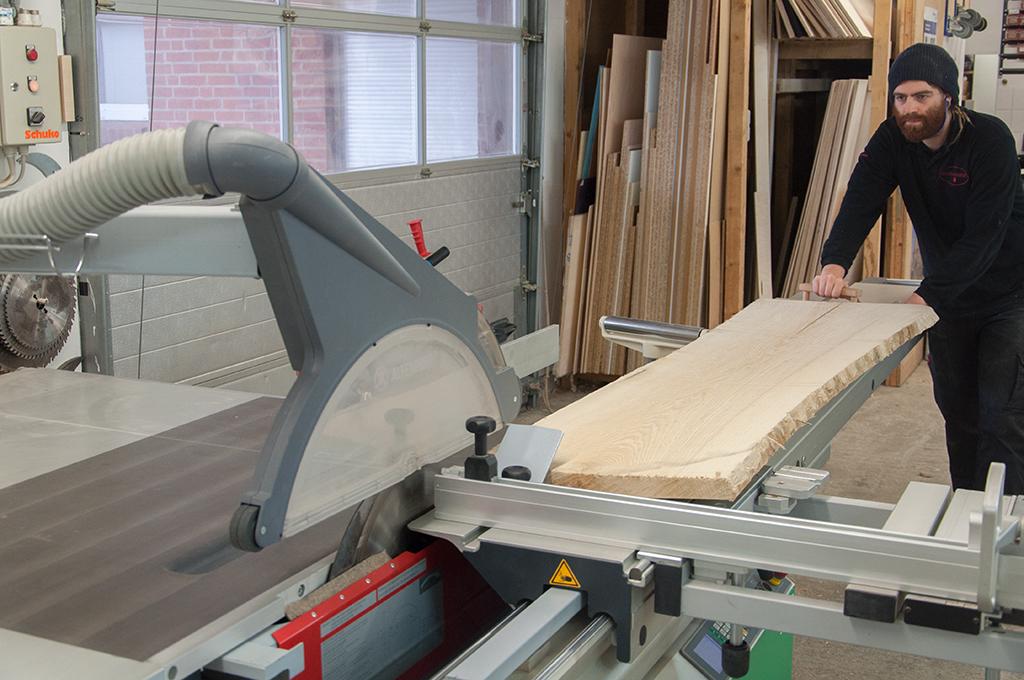 Massivholz-Zuschnitt