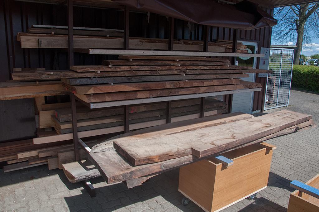Nussbaum Bohlen Massivholz